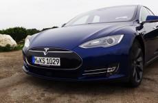 Tesla Model S P90D - Spaltmaße der Oberklasse würdig