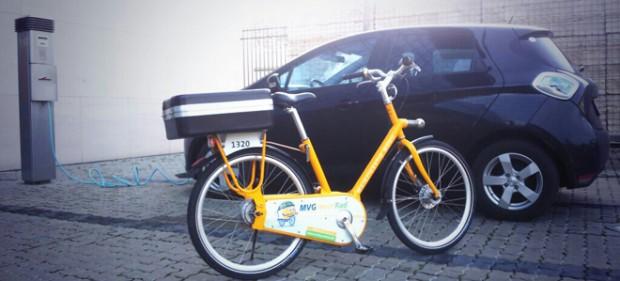 Ideale Kombi: Mietradstation an der Ladesäule